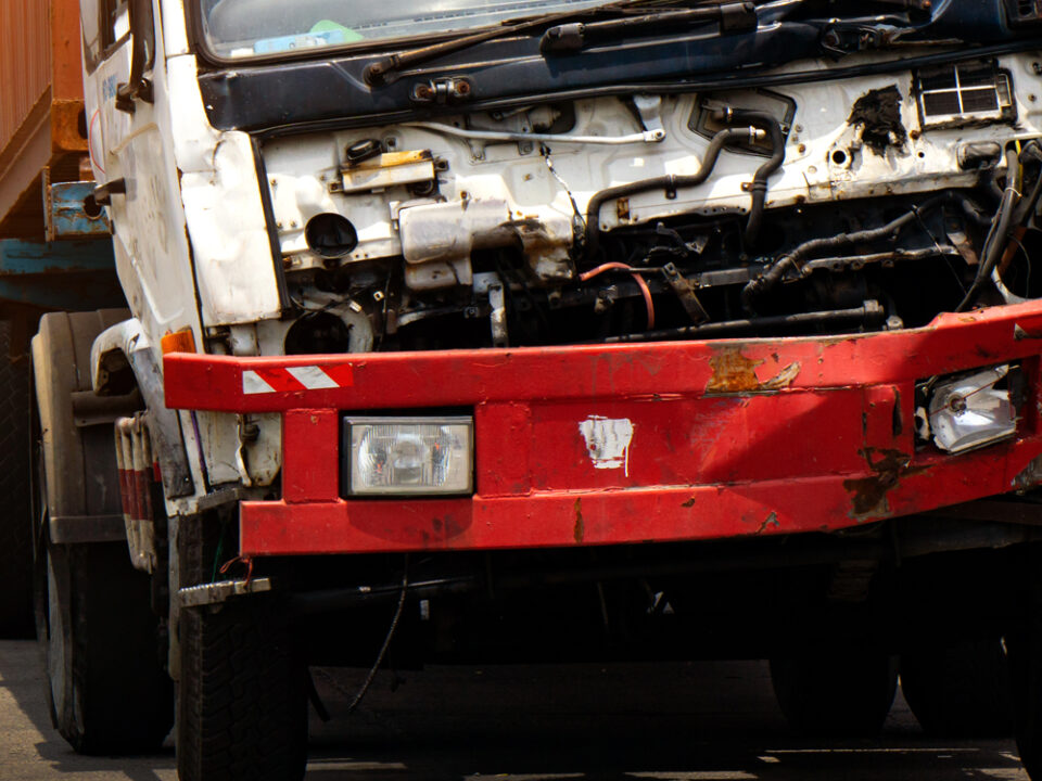 Some Common Operator Mistakes That Cause Preventable Truck Accidents in Texas